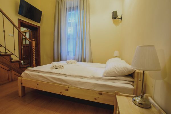 apartamenty-w-krakowie-17A1B5F99-46EB-5614-3913-1D70F5373F1A.jpg